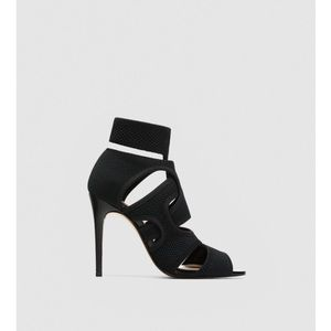 ZARA- Women stretch Black high heel Sandals